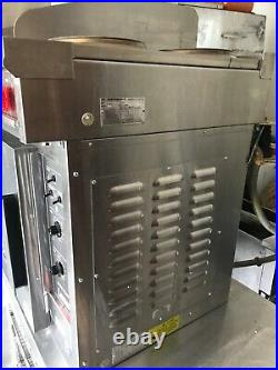 Lang, Electric, Convection 1/2 Size Oven/ Flat Top Grill/ 2 Burners